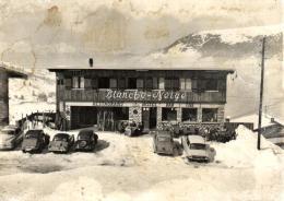 B 8231 - Moriond (73) Hotel  Blanche - Neige  Et DS  Citroên  2CV - France