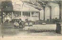 03 , VICHY , Cie Fermiere , Salle D'emballage Des Eaux , CF * 365 32 - Vichy