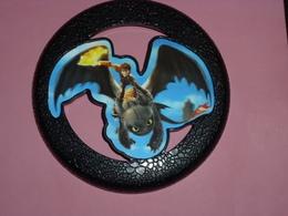 MAC041 / Frisbee Dragons 2 Noir / Mc Donalds DWA / 2014 - Autres Collections