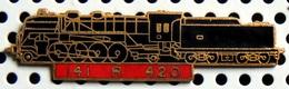 1 Pin's Double Attache Locomotive à Vapeur 141 R 420 émail Noir Métal Doré Cartouche Rouge - TGV