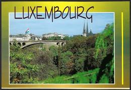 Luxembourg - Ville  Pont Grand-Duc Adolphe Et Cathédrale Notre-Dame, Carte Semi-moderne Non-postée (2scans) - Luxembourg - Ville