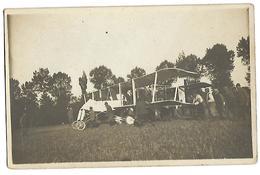 Carte Postale Photo - Avion Biplan Poussé Par Des Personnages - War 1914-18