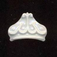 Féve  Porcelaine Blanche   Limoges Castel  -  Petite Couronne - Olds