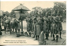 Viêt-nam Annamese Musician With Their Religious Dress Musiciens Annamites En Costumes Rituels - Vietnam