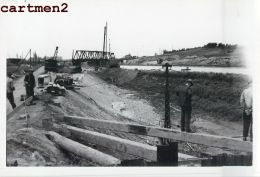 LUTTRE DEFENSE DES BERGES  CANAL DE CHARLEROI-BRUXELLES PENICHE CHANTIER TRAVAUX PUBLICS CONSTRUCTION GENIE CIVIL - Belgio