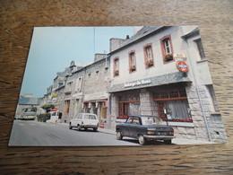 CPM De Merdrignac - Auberge Du Mené - Daté 1978 - Voitures D'époque - Autres Communes