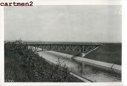 VELDWEZELT CANAL ALBERT CHANTIER TRAVAUX PUBLICS CONSTRUCTION GENIE CIVIL Grue Peniche Camion Bulldozer - Lanaken
