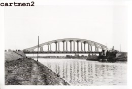 HACCOURT CANAL ALBERT CHANTIER TRAVAUX PUBLICS CONSTRUCTION GENIE CIVIL Grue Peniche Camion Bulldozer - Oupeye