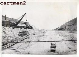 GRANDE PHOTO : VISE LANAYE CARME MONSIN HACCOURT-VROENHOVEN MEUSE HEER CANAL ALBERT GRUE CHANTIER PENICHE BELGIQUE - België