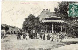 54 TANTONVILLE - Le Kiosque - Très Animée - France