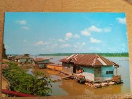 Malaysia Old Post Card 1990 Riverine Floating Homes Kota Bharu Kelantan River - Malaysia