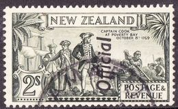 NEW ZEALAND 1935 2/- Olive-Green Overprinted 'Official' SG0132 Used - Officials