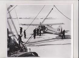 ANTARTIC  OPERATION DEEP FREEZE  AUSTRALIAN ANTARTIC BASE DHC2 BEAVER       +  25 * 20 CM   AIRCRAFT De Havilland Canada - Lugares