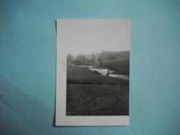 PHOTOGRAPHIE  LENIZEUL  -  52  - La Meuse,  Près De Lénizeul    -  8,5  X 12,5  Cms -  Haute Marne - Lieux