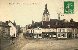 CPA - LORRIS (45) - Aspect Des Commerces De La Place Du Martroi Et De La Grande-Rue Au Début Du Siècle - France
