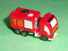 Fèves / Sports : Camion De Pompier , 18     T14 - Sports