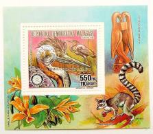 MADAGASCAR 1993 Mi Bl-block LYON ORCHIDES FLOWERS FLORA OF BIRDS FLAMER OF APE OF FAUNA 2 - Madagascar (1960-...)