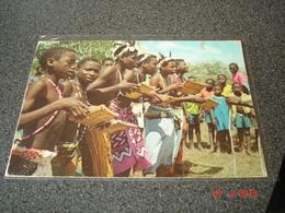 CARTE POSTALE DU RWANDA   DANSEURS GIRIAMA - Rwanda