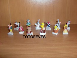 SERIE COMPLETE LES LOONEY TUNES DE 12 FEVES N°51 - Other