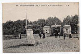 Cpa 92 - Meudon-Bellevue - Entrée De La Terrasse De Meudon - (Observatoire D'astronomie Physique) - Meudon