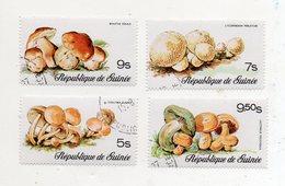 GUINEA BISSAU - 1977 - Lotto 4 Francobolli Tematica Funghi - Usati - (FDC11556) - Funghi