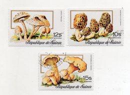 GUINEA BISSAU - 1977 - Lotto 3 Francobolli Tematica Funghi - Usati - (FDC11557) - Funghi