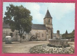 19 - Correze - St Merd Les Oussines - Place De L ' Eglise - Saint - France