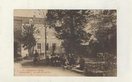 Cpa  RIBEMONT  Pensionnat - Un Coin De Jardin - Autres Communes