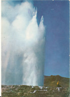 Iceland Postcard Sent To Czechoslovakia 31-10-1967 (Geysir) - Iceland