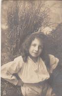 Jeune Fille Dans Les Blés Carte Photo - Escenas & Paisajes