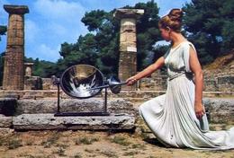 Olympia - Das Anzunden Der Olympischen Flamme - Formato Grande Non Viaggiata – E 7 - Grecia
