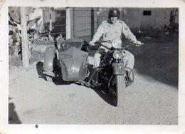 Photo (6,5 X 8,8 ) Militaire Sur La Moto D'un Vieux Side-car  Oldtimer - War, Military