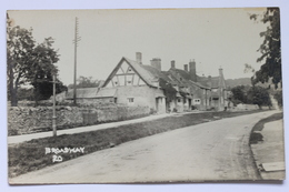 Broadway, Worcestershire Cotswolds, England, Real Photo Postcard By Percy Simms Chipping Norton - Worcestershire