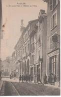 38- 300265   -  VIZILLE   -   La Grande Rue Et L'Hôtel De Ville - Vizille