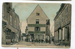CPA 89 : NOYERS Place Du Grenier Animée    VOIR  DESCRIPTIF   §§§ - Noyers Sur Serein