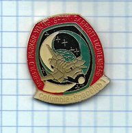 Pin's Pins /  THEME ESPACE -  COLOMBIA SPACELAB 1 ESPACE MERBOLD PARKER YOUNG SHAW  BEAN GARIOTT - Ruimtevaart