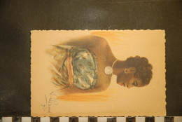 CP, Madagascar Femme Malgache, Exposition Coloniale Internationale De PARIS 1931 - Madagascar