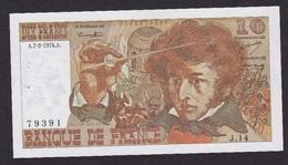 BILLET  10 FRANCS BERLIOZ Du 7-2-1974 * J14 79391 * 1 épinglage, Plis, Bel Aspect, Craquant - 10 F 1972-1978 ''Berlioz''