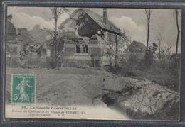 Carte Postale 62. Vermelles Ruines Du Chateau Et Du Village  Très Beau Plan - France