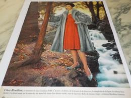 ANCIENNE PUBLICITE FOURRURE REVILLON 1959 - Habits & Linge D'époque