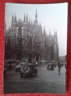 FOTO FOTOGRAFÍA PHOTO AÑO 1963 MILAN MILANO ITALIA ITALY EL DUOMO FIAT 500 CINQUECENTO ? SEAT 600 ? CAR AUTOMÓVIL COCHE - Coches