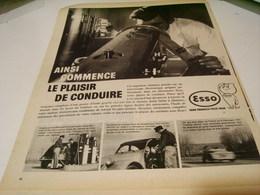 ANCIENNE PUBLICITE LE PLAISIR DE CONDUIRE CARBURANT ESSO 1959 - Transportation