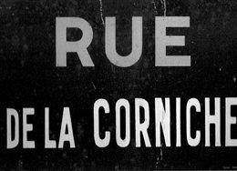 Ancienne PLAQUE  EMAILLEE  Nom De RUE  -  RUE De La CORNICHE   ( Plaque Authentique) - Advertising (Porcelain) Signs