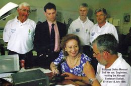 1 QSL Karte * Princess Elettra Marconi And Her Son, Guglielmo Vising The Marconi Centenary Station 1998 Siehe Scans * - Case Reali