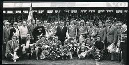 KV KORTRIJK  KAMPIOEN  FOTO 15 X 7 CM     1973 ?? - Soccer
