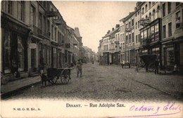 1 CPA DINANT C1900  Rue Adolphe SAX - Hondenkar, Koets  -attelage De Chien - Nr 42 éd G. H. Geanimeerde Kaart - Zaventem