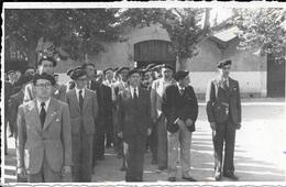 BEZIERS - Carte-photo Rassemblement (anciens Combattants ? Pompiers ?...) - 2 Scans. - Beziers