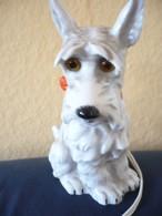 Rauchverzehrer Terrier Mit Roter Schleife  (534) - Raucherutensilien (ausser Tabak)