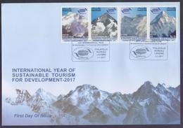PAKISTAN 2017 FDC - International Year Of Sustainable Tourism For Development, K2 Mountains, Complete Set On Big First D - Pakistan