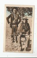 ZWEI MODERNE NAVAJO-INDIANER . DEUX INDIENS NAVAJO MODERNES (BEAU PLAN) - Indiens De L'Amerique Du Nord